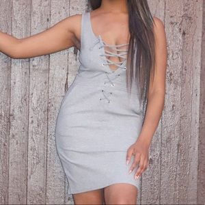 Dresses & Skirts - Grey tie up dress